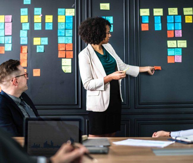 adult-brainstorming-briefing-1157859